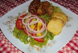 Tripa con ensalada de verduras